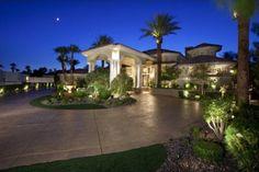 Las Vegas Luxury Homes Porte Cochere, Dream Home Design, My Dream Home, Dream Big, Dream Homes, Billionaire Homes, Dream Mansion, Stucco Homes, Bungalow House Design