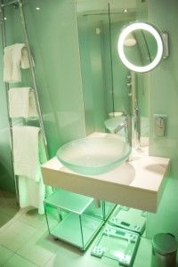 Bathroom vanity! This would make my Ivory 2 in 1 bottle POP!! @InfluensterVox @Ivory Ramirez Ramirez #Ivory2in1Power