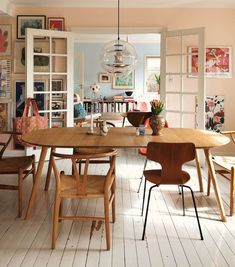 A Buenos Aires Home with A Dreamy Vintage Dining Room - Home decor scandinavian Room Makeover, Room Design, Dining Room Makeover, Home, Dining, Dining Room Design, House Interior, Dining Room Decor, Vintage Dining Room