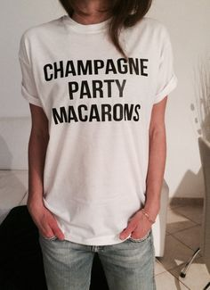 Welcome to Nalla shop :) For sale we have these great champagne party macaron t-shirts! With a large range of colors and sizes - just select your