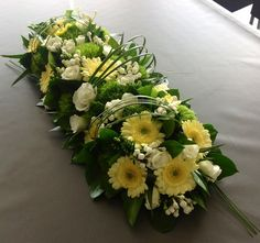 Order flowers online from your florist in Mesa, AZ. Fresh Bloomers Flowers & Gifts, Inc, offers fresh flowers and hand delivery right to your door in Mesa.