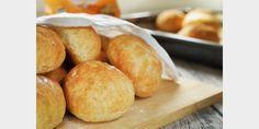 Valmista Helpot ja maukkaat sämpylät tällä reseptillä. Helposti parasta! Joko, Hamburger, Bread, Baking, Recipes, Bakken, Rezepte, Breads, Backen