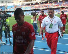 Desazón total generó el traspié sufrido por América de Cali en el juego de Ida por la Promoción 2012. Por la cabeza de ningún hincha 'escarlata' pasaba sufrir una goleada a manos del Cúcuta en el Pascual Guerrero.