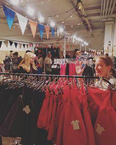 @marakattimarssi on täällä sivuhallissa jo ihan joulun väreissä   #lastenvaatekarnevaali #helsinki #kellohalli #marakattimarssi #madeinfinland Helsinki, Crown, Instagram Posts, Fashion, Moda, Corona, La Mode, Fasion, Fashion Models