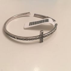 NWT Brandy Melville Adjustable Bangle Bracelet no trades. price firm unless bundled. Brandy Melville Jewelry Bracelets