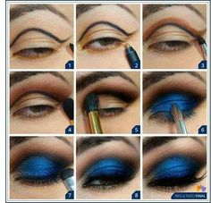 Smoky blue makeup