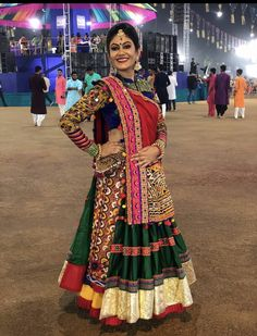 In this post, you can find many best Navratri Dress Images and Navratri Outfit. Chaniya Choli Designer, Garba Chaniya Choli, Garba Dress, Navratri Garba, Navratri Dress, Lehnga Dress, Lehenga Choli, Choli Blouse Design, Choli Designs