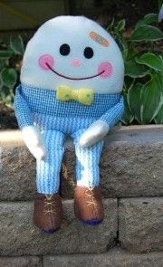 Free Sewing Pattern: Humpty Dumpty has removable arms and legs, so you can help to put him back together again!