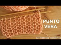 Crochet Videos - Zapatos Pantuflas a crochet en punto tunecino con trenzas y pompón tejido tallermanualperu Crochet Chart, Love Crochet, Learn To Crochet, Knit Crochet, Lace Knitting, Knitting Stitches, Knitting Patterns, Crochet Patterns, Braidless Crochet
