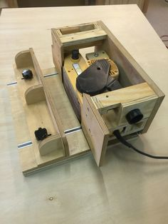 Woodworking Garage Step By Step .Woodworking Garage Step By Step Carpentry Tools, Woodworking For Kids, Woodworking Logo, Woodworking Joints, Woodworking Workbench, Woodworking Workshop, Woodworking Techniques, Woodworking Crafts, Wood Tools