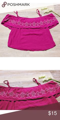 Purple Crop Top Adorable crop top worn only a couple of times. It has spaghetti straps that are adjustable and sleeves that are off the shoulder. Maurices Tops Crop Tops