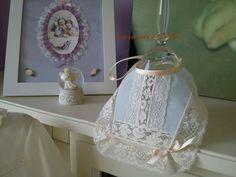 Baberos en batista de organza, encajes de alençon y valencienne , diseño y confección propios, hecho en España www.lacomodadepil... lacomodadepilar.b... www.facebook.com/.