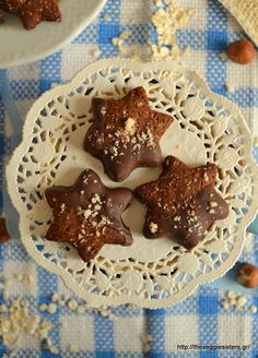 These vegan hazelnut cookies are simply delicious! Chocolate Cookies with Oats and Hazelnut [Vegan] Dairy Free Serves Ingredients For the Cookies: cup al Hazelnut Cookies, Oat Cookies, Sweet Cookies, Biscuit Cookies, Chocolate Chip Cookies, German Plum Cake, German Apple Cake, German Chocolate Cheesecake, Crescent Cookies