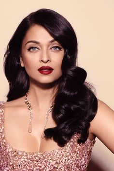 Aishwarya Rai - Beautiful Bollywood Actresses  IMAGES, GIF, ANIMATED GIF, WALLPAPER, STICKER FOR WHATSAPP & FACEBOOK