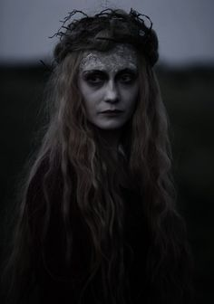 sorceress or witch(dark) Maleficarum, Season Of The Witch, Dark Photography, Mysterious Photography, Horror Photography, Photography 2017, Vampire, Halloween Disfraces, Portraits