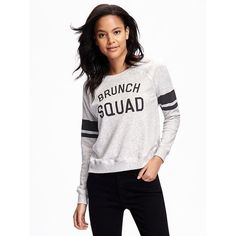 Old Navy Womens Relaxed Graphic Fleece Sweatshirt ($25) ❤ liked on Polyvore featuring tops, hoodies, sweatshirts, grey, graphic pullover, gray top, sweater pullover, fleece sweatshirt and graphic sweatshirts