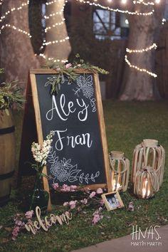 Madero Raill, Ambientación casamiento, flores, flowers, barril, vintage, guirnalda de luces kermesse, lights, pizarra, blackboard