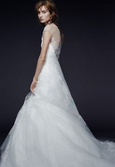 Presenting the Vera Wang Iconic Bridal Collection. Browse, print, and share…