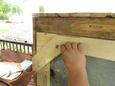 Awesome Rustic Cooler From Broken Refrigerator and Pallets : 11 Steps (with Pictures) - Instructables Wood Cooler, Diy Cooler, Outdoor Refrigerator, Refrigerator Cooler, Wood Shop Projects, Diy Projects, Pallet Projects, Homemade Cooler, Outdoor Cooler