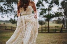 Bohemian Bridal Style | VIA #WEDDINGPINS.NET