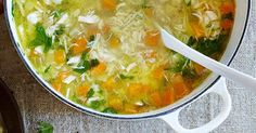 This delicious soothing chicken soup is sure to warm you up on those cold winter nights. Celery Soup, Chicken Soup Recipes, Creamy Chicken, Mango Chicken, Chicken Curry, Dinner Recipes For Kids, Chicken And Vegetables, Winter Food, Us Foods