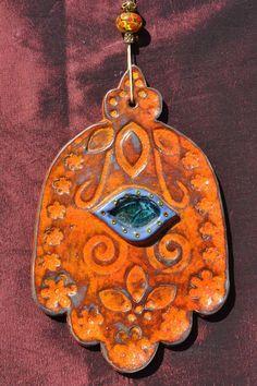 Ceramic Hamsa hand home décor amulet, red pottery Hamsa Art, Glass Door Knobs, Fire Clay, National Symbols, Hand Of Fatima, Jewish Art, Wabi Sabi, Hobbies And Crafts, Ceramic Pottery