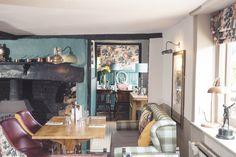 The Queens Head, gastro pub, pub, restaurant, dining, casual dining, seating, interior design