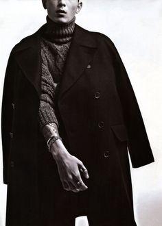 Park Sung Jin by Mok Na Jung for Arena Korea Oct 2014 Park Sung Jin, Men Editorial, Studio Shoot, Dope Outfits, Korean Actors, South Korea, Dapper, Layering, Men's Fashion