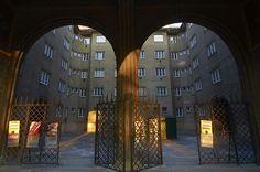 Vienna Communal Housing, Courtyard Austria Travel, Vienna Austria, 19th Century, Castle, Park, Architecture, Building, Red, Arquitetura