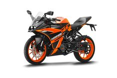 KTM RC 125 ABS launched in India at Price Rs lakh (ex-showroom, Delhi) and bookings have begun for motorcycle across 470 KTM showrooms Ktm Rc 200, New Ktm, Bajaj Auto, Ktm Motorcycles, Motorcycle Tips, Old Garage, New Background Images, Ktm Duke, Bike Brands