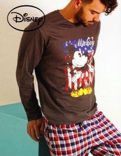 #Pijama #ADMAS Mickey Mouse Disney - ref: 58218 Marengo - Pijama combinado de invierno para un uso en los meses más fríos del año y pensado para un regalo diferente. #hombre #ropaInterior #modahombre http://www.varelaintimo.com/marca/1/admas