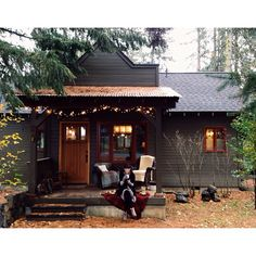 Dark Exterior little house in the woods Little Cabin, Little Houses, Small Houses, Cabins In The Woods, House In The Woods, Interior Flat, Home Modern, Cabins And Cottages, Cozy House