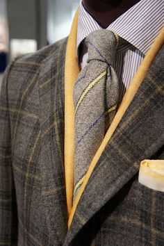 Isaia Napoli | Men's Fashion | Menswear | Men's Outfit for Fall/Winter | Elegant and Sophisticated | Moda Masculina | Shop at designerclothingfans.com