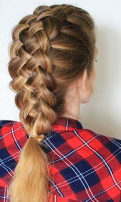 Great mermaid hairstyle.