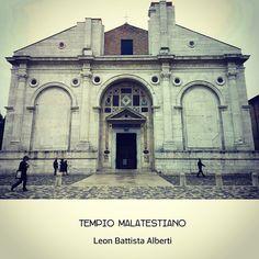 Geometria e razionalità, Leon Battista Alberti ha lasciato il segno anche qui a Rimini (all'interno il Crocefisso di Giotto)  #myrimini #raccontaRimini di eu_ @eudesign   Websta (Webstagram)
