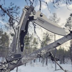 #mulpix Balance. #crkt #crktknives #edc #usnstagram #knife #knifeporn #knifenut