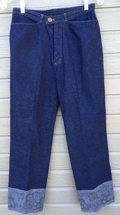 Dana Buchman Womens Jeans Cropped Dark Wash Floral Embellished Hem 4 26x26 #DanaBuchman #CapriCropped
