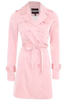 in love with the idea of a light pink trench coat! must purchase one soon. Pink Fashion, Fashion Outfits, Womens Fashion, Style Me, Cool Style, Pink Trench Coat, Stylish Clothes For Women, Passion For Fashion, What To Wear