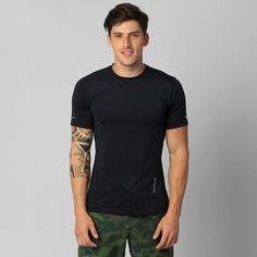 Leve e flexível, a Camiseta Reebok DT Stretch Top Preto é ideal para malhar. A peça garante conforto e liberdade para seus movimentos, além disso, possui ótimo ajuste ao corpo. | Netshoes