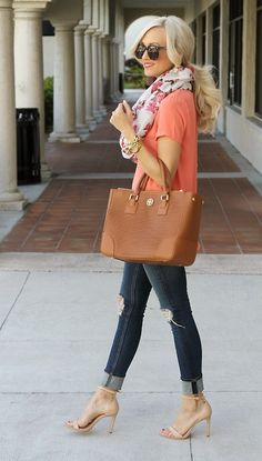 Really LOVE this Tory Burch bag. The perfect bag!