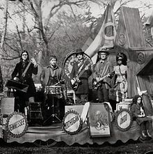 Consolers of the Lonely- The Raconteurs 8/10 A bit lengthy, but still a great album.