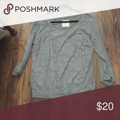 Grey Hollister sweater Grey sweater with floral design Hollister Sweaters Crew & Scoop Necks