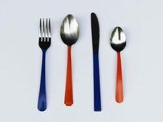 Just dip the utensils in paint that matches your color scheme.