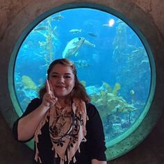 Because I'm feeling nostalgic today... 💭🐟🐋🌊 Super duper missing home and the @montereybayaquarium. Here I am three years ago enjoying the last of my countless visits to the aquarium. I feel like I grew up here, my school took us on field trips starting in kindergarten and I continued visiting throughout my childhood and into adulthood. The Monterey Bay Aquarium is such a special, happy place for me. I'm getting misty-eyed just thinking about how much I miss it 💙 I've moved so much in my…