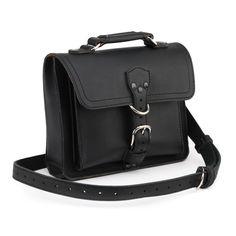 leather tablet messenger bag in black leather Saddleback Leather, Leather Bag, Black Leather, Ipad Bag, Leather Accessories, Leather Working, Messenger Bag, Satchel, Backpacks