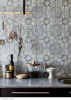 Tile Pattern in Blue + White