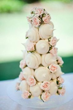 wedding cake idea; Dessert (Meringue Kisses): Meringue Girls via Want That Wedding