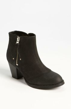A clean ankle bootie like this is a wardrobe must have. They are so versatile for every season!