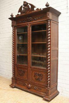 2 door oak hunt bookcase