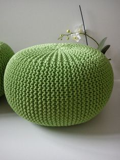 free crochet pattern poof floor pillow pouf ottoman crochet pinterest h kelmuster. Black Bedroom Furniture Sets. Home Design Ideas
